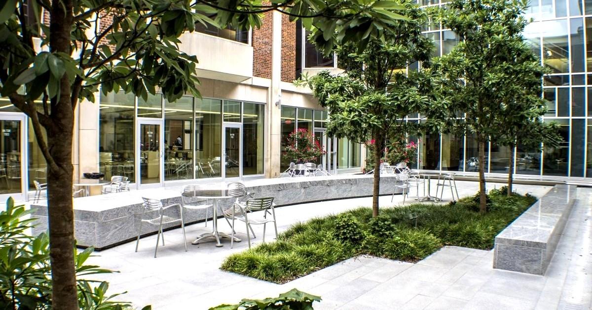 Courtyard landscape design and construction nj and ny for Landscape design and construction